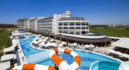 Почивка в LRS PORT RIVER  & SPA HOTEL 5*