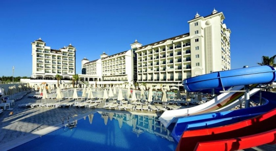Почивка в LRS LAKE & RIVER SIDE HOTEL 5*
