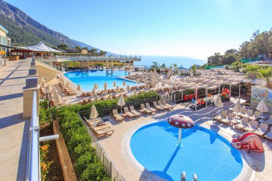 Почивка в ORKA SUNLIFE RESORT 4+*