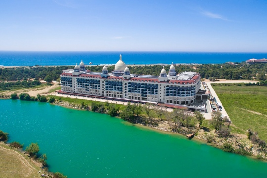 Почивка в DIAMOND PREMIUM HOTEL & SPA 5*