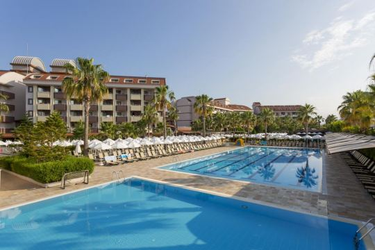 Почивка в HANE FAMILY RESORT 4*