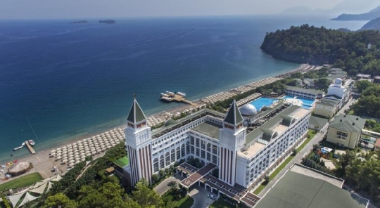 Почивка в AMARA DOLCE VITA LUXURY RESORT 5*