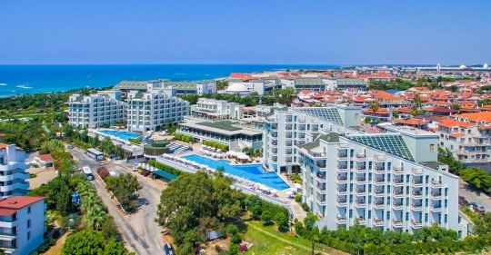 Почивка в ROYAL ATLANTIS SPA & RESORT 5*