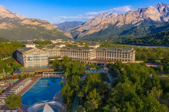 Почивка в ARMAS LUXURY RESORT AND VILLAS 5*